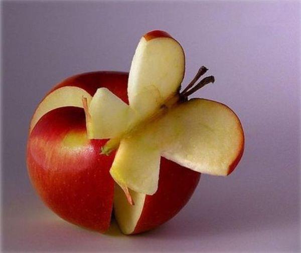 apple cut as butterfly