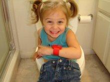 kid on toilet