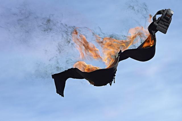 burning-bra