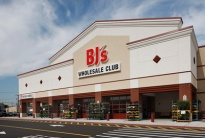 BJs-storefront