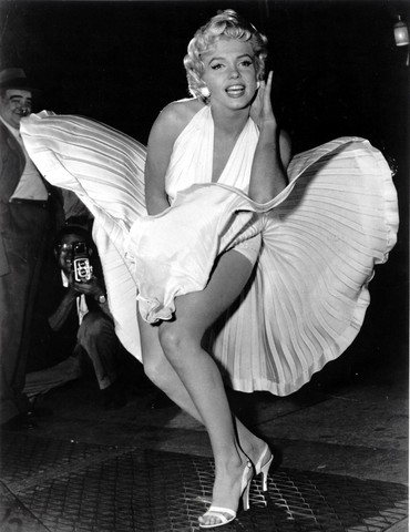 marilyn_monroe_white_dress_blo_medium