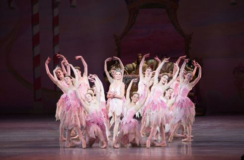 Pennsylvania Ballet Principal Dancer Lauren Fadeley and Artists of Pennsylvania Ballet in George Balanchine's The Nutcracker™ Photo: Alexander Iziliaev